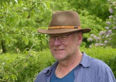 Dr. Ulrich Hampl